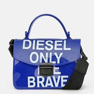 Modrá kabelka s nápisom Diesel