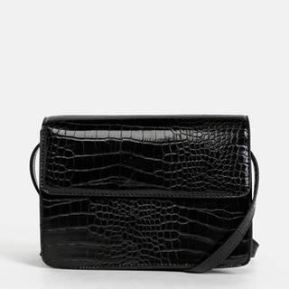 Čierna crossbody kabelka s krokodýlím vzorom Pieces Julie