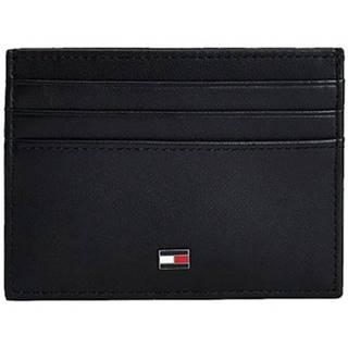 Peňaženky Tommy Hilfiger  AM0AM06161BDS
